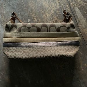 New! COACH mini bag in neutral tones
